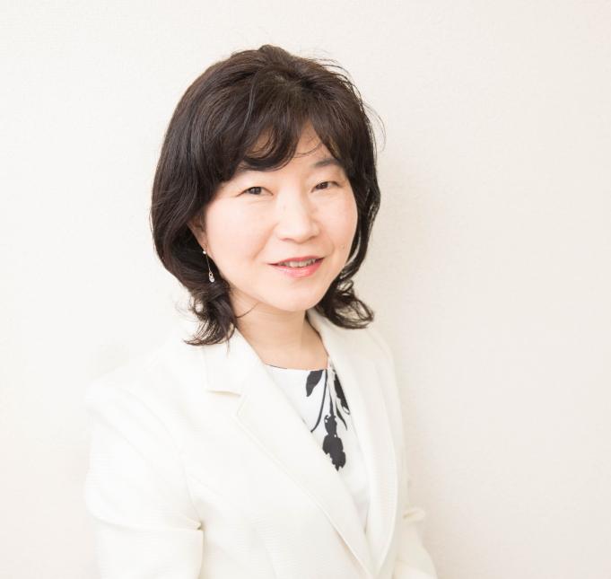 阪本弥生プロフィール写真